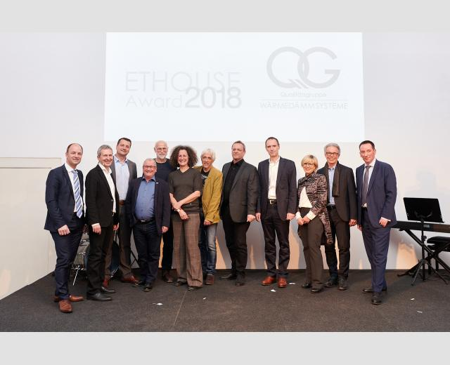 DI Ewald Rauter (QG-Vorstand), Arch. DI Johannes Kislinger (Jury), Wolfgang Folie (Vorstand Stellvt.), Andreas Traunfellner (GSG), Arch. DI Georg W. Reinberg, Arch.in DIin Martha Enríquez Reinberg, DI Martin Presich, Arch. DI Werner Rebernig (GSD), Ing. Mag. Thomas Lubowiecki (VOITL & Co BauGmbH), Archin DIin Karin Proyer, Arch DI Hermann Proyer, QG-Sprecher Dr. Clemens Hecht